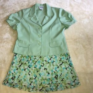 Just In Thyme 2 Piece Suite